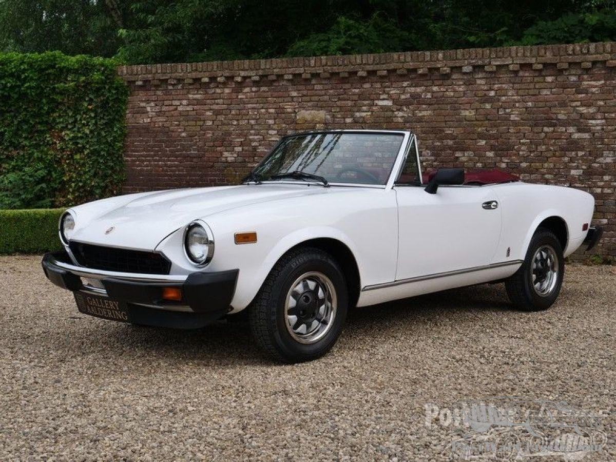 Car Fiat 124 Sport Spider Pininfarina 2000 1980 Now For Sale 1970 A Pristine Authentic Aka The Azzura